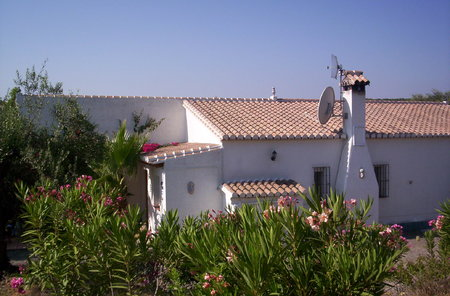 3 Bedroom 2 Bathrooms,  Detached Villa, with Pool, Stables, Workshop,  - 295,000€