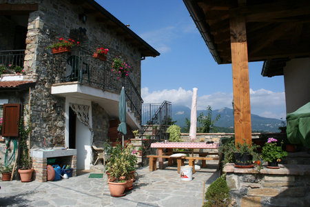 House To Swap In Emilia Romagna Italy Mountain Retreat Stone Village Converted Barn 300 000
